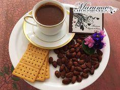 El día está como para disfrutar de un delicioso Chocolate de Taza Tradicional de @marumachocolates aunque tienen que probar el Chocolate de Taza Especiado que tienen es demasiado bueno y lo mejor es que tienen distribución para tiendas naturistas y fitness.  Síguelos:  @marumachocolates  @marumachocolates @marumachocolates  #chocolatecaliente #chocolatedetaza #chocolate #especiado #cacaovenezolano #cacao #delicioso #somostreetobar #emprendedores #lluvia #lluviaychocolate #antojos #tucani…