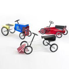 Piero Lissoni's Trattore and Macchinine plastic vehicles for Kartell