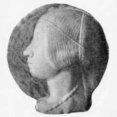 another bust of Beatrice d'Este - again showing a lovely trinzale