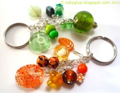 Handmade keyrings, one in orange and one in green. Great also as bag charm - RobyGiup handmade #beads #keyring
