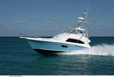 Captain Bric Peeples takes out the Bertram Yachts 64' in Bimini Bay! #luxury #yacht #sportfishing