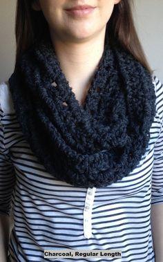 Chunky infinity scarf - love! #crochet #scarf