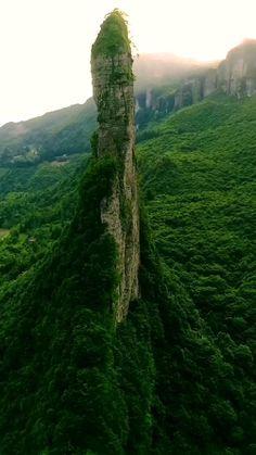 Nature Gif, True Nature, Nature Photos, Aerial Photography, Landscape Photography, Nature Photography, Nature Activities, Beautiful Places, Amazing Places