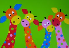 VIERTJES Vier girafjes met groene achtergrond voor op de baby-, kinderkamer
