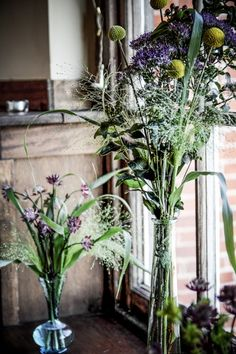 Autumnal wedding flowers and grasses