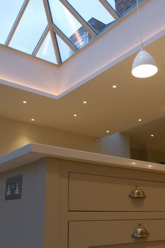 Rooflight Up-Lighting - Hidden Lighting, Cove Lighting, Lighting Design, Kitchen Ceiling Lights, Home Ceiling, Kitchen Lighting, Lantern Roof Light, Lantern Lighting, House Extension Design