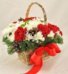 Doar pe www.123flori.ro Floral Wreath, Wreaths, Table Decorations, Home Decor, Floral Crown, Decoration Home, Door Wreaths, Room Decor, Deco Mesh Wreaths