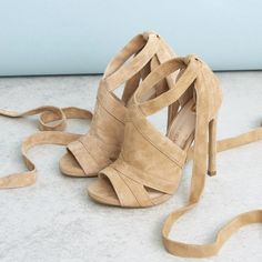 Beige suede tie up shoe boots - sandals - shoes / boots - women Up Shoes, Shoe Boots, Shoes Sandals, Boho Fashion Indie, Under Armour Men, Types Of Shoes, Look Cool, Beautiful Shoes, Underarmour
