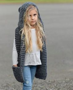 stricken kinder einfach Knitting PATTERN-The Tuft Hooded Scarf months, Toddler, Child, Teen, Adult sizes) Knitting For Kids, Baby Knitting Patterns, Crochet Baby, Knit Crochet, Hooded Scarf Pattern, Velvet Acorn, Super Bulky Yarn, Diy Clothes, Scarf Patterns