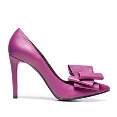MAGENTA Stiletto shoes - romanian designers SHOP ONLINE Stiletto Shoes, Magenta, Kitten Heels, Pumps, Designers, Bags, Shopping, Fashion, Handbags