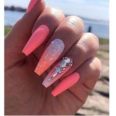 # vegas-nay # . Vegas, Cute Nails, Pretty Nails, Instagram Nails, Instagram Makeup, Exotic Nails, Nail Room, Modern Nails, Unicorn Nails