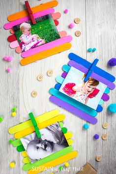 A simple craft the kids could do upcycling popsicle sticks into colorful picture frames for displaying your families favourite memories Craft Stick Projects, Popsicle Stick Crafts For Kids, Craft Stick Crafts, Easy Crafts, Popsicle Stick Art, Craft Sticks, Art Projects, Craft Ideas, Craft Activities For Kids