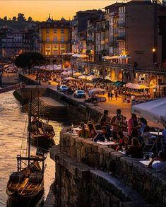 """Reiseziel Portugal Oporto, Städte Reisetipp""""🤔 CONOCÉIS... OPORTO❓ 📍Oporto (Portugal 🇵🇹) ☆》Pasear por Oporto es todo un placer comienza tu recorrido por la Avenida de los Aliados…"""" I Don T Love, Culture Travel, Paris Skyline, Times Square, Places To Go, Instagram, City, Venice, Vacations"""