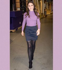 🚶♀️Walking into Wednesday Hair band: Models own 🤦♀️ Jumper & skirt: Boots: Styling: Weather Girl Lucy, Hottest Weather Girls, Black Pantyhose, Black Tights, Black Leather Pencil Skirt, Leather Skirt, Curvy Women Outfits, Clothes For Women, Colored Tights