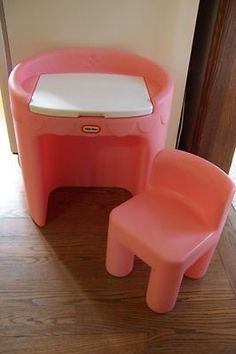 Vintage Little Tikes vanity, spent A LOT of time sitting at this 90s Childhood, My Childhood Memories, Special Kids, Old Toys, Children's Toys, Little Tikes, Baby Memories, Pink Kids, 90s Kids