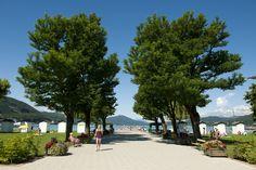 Klagenfurt beach resort - Klagenfurt am Wörthersee. Photo: Franz Gerdl Klagenfurt, Beach, Sidewalk, Places, Summer, Life, Beautiful, Walkway, Summer Time