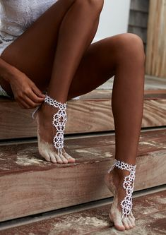 beach accessories Gypset Barefoot Sandal - [shop name] Barefoot Sandals Wedding, Beach Wedding Shoes, Crochet Barefoot Sandals, Bridal Shoes, Beachy Girl, Beach Feet, Ankle Jewelry, Ankle Bracelets, Gorgeous Feet