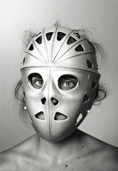 richard-burbridge-mask-photography-for-livraison-magazine4