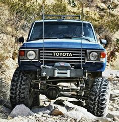 Toyota Land Cruiser. We wouldn't mind bugging out in this bad boy!