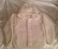 Hoody  Brand: Knitted Niceties Colour: white Material: Hayfield Bonus DK  100% acrylic Age: 4/5 yrs Price: £20 Postage: £3.50