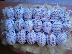 Crochet Doily Patterns, Crochet Doilies, Easter Crochet, Tree Branches, Happy Easter, Art Pieces, Eggs, How To Make, Diy