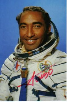 famous astronauts and cosmonauts who contributed in space explorations - photo #37