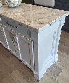 White marble countertop on kitchen island - Carla Aston Designer #marblecountertop #whitemarble #kitchenisland