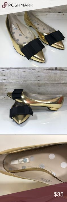Boden Audrey Gold Bow Metallic Flats Size 40 New! Beautiful gold flats. Pretty black bow in front. Super stylish! Boden Shoes Flats & Loafers