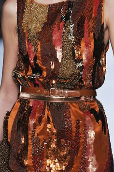 from obscure to demure — Details: Matthew Williamson F/W Textiles, Ethno Style, Fashion Details, Fashion Design, Art Textile, High Fashion, Womens Fashion, Brown Fashion, Matthew Williamson