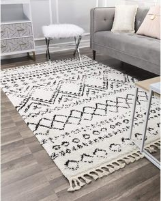 Cool 42 Unusual Painted Rug Design Ideas For Relaxing Screened Porch Living Room Area Rugs, Living Room Carpet, Rugs In Living Room, Living Spaces, Light Blue Area Rug, White Area Rug, Beige Area Rugs, White Rugs, Cosmopolitan