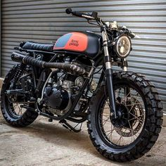Awesome Royal Enfield Scrambler ready to tear up the dirt by K-Speed #royalenfield #scrambler #scramblers #motorcycles #ceskytrucker