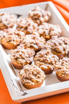 These Pumpkin Spice Streusel Muffins are over the top delicious and scented with cinnamon. They're gluten free, Paleo, dairy free, and really easy to make. Paleo Dessert, Healthy Dessert Recipes, Real Food Recipes, Desserts, Streusel Muffins, Pumpkin Spice Muffins, Primal Recipes, Paleo Breakfast, Muffin Recipes