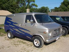 shorty van