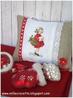 This pin was discovered by dianna gilhooly. Xmas Cross Stitch, Cross Stitch Art, Cross Stitching, Cross Stitch Embroidery, Embroidery Patterns, Cross Stitch Patterns, Christmas Rugs, Cross Stitch Tutorial, Pillow Slip Covers