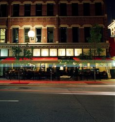Le Grand Bistro & Oyster Bar. Perfect for lunch, brunch and dinner. Serving everyday French in a great atmosphere. www.legranddenver.com