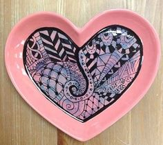 Cool doodle heart plate