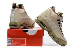 new arrivals 22cb6 e5394 Nike Air Max 95 Winter Sneakerboot Khaki Matte Olive 806809 200 Men s Snow  Boots Sneakers Nike