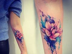 Floral tattoos are always very popular among women. Today, we are talking and sharing tons of pretty lotus flower tattoos with you! Lotus tattoos are some of the most popular tattoo designs out there not only for its very beautiful appearance, but a Pretty Tattoos, Beautiful Tattoos, Beautiful Roses, Amazing Tattoos For Women, Forearm Tattoos For Women, Tattoos For Women Half Sleeve, Body Art Tattoos, New Tattoos, Tatoos