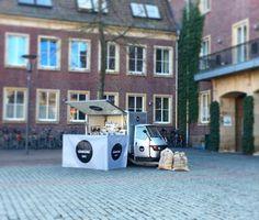 "sicurini CAFFE' auf Instagram: ""sicurini CAFFE' ESPRESSOMOBIL #sicurini #sicurinicaffe #espressomobil #espresso #cappuccino #mobil #ape #piaggio #apemobil #espressobar #kaffeebar #kaffeemobil #cafe #caffe #cafemobil #mobileespressobar #partyservice #catering #münsterland #nrw #duelmen #coe #coesfeld #kreiscoesfeld #muenster #faema #faemae61"""