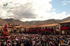Holy Week begins with great joy and devotion in Cusco, where the procession of the Lord of Tremors is performed. In Good Friday starts the Station of the Cross from San Francisco square. Visit Cusco in Easter week! #ikexperiences #cuscotours #easter #travel #Peru http://www.inkanatura.com/en/cusco-tour/cusco-and-sacred-valley-tours