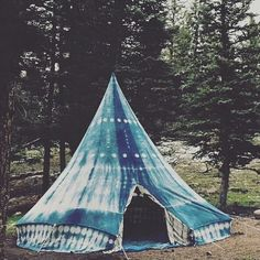 Taking our love of tie-dye into the outdoors. Who loves this teepee? Thx for sharing @bohogypsytribe!  #trees #nature #greenery #landscape #lights #bohemian #boho #boholife #tiedye #bohemianlife #gypsystyle #gypsy #wildchild #newage #freespirit #wanderlust #wanderer #bohemianstyle #bohostyle #adventure #travel #picoftheday #instagood #hippievibes #teepee #travelinggypsy #foreversummer