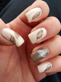 Marenia Gloria: Nailbook #3 Nail Nailart feather nude