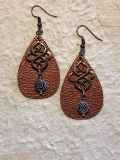 Excited to share the latest addition to our #etsy shop: Small cooper leather earrings. If you don't like the large leather earrings, these are perfect for you. http://etsy.me/2trNQI8 #jewelry #earrings #copper #boho #earwire #fauxleather #girls #teardrop #earlobe