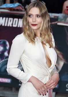 The actress looked beautiful at the Captain America: Civil War premiere