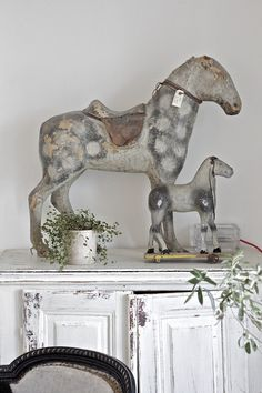 ▇  #Vintage #Home #Decor  via - Christina Khandan  on IrvineHomeBlog - Irvine, California ༺ ℭƘ ༻