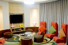 Let Your Kids Have Fun in a Kid-friendly Hotel! (Part Kid's club at Crown Plaza Resort Sanya Bay China Vacation, China Trip, China Travel, Learning To Relax, Sanya, Beach Day, Tour Guide, Beijing, Cool Places To Visit