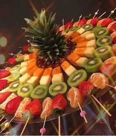 """>> 50 Pictures of Unique and Creative Food Recipes - Web Delicious - s. - > 50 Pictures of Unique and Creative Food Recipes – Web Delicious – s…""""> >> 50 Pictures of Unique and Creative Food Recipes – Web Delicious – snacks decorations crafts Party Trays, Party Snacks, Fruit Party, Party Platters, Party Buffet, Fruits Decoration, Fruit Buffet, Fruit Arrangements, Fruit Displays"""