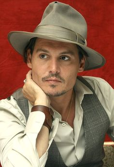 johnny depp's hat | Photo By Munawar Hosain/Getty Images Wed, Jun 5, 2013 3:00 PM EDT