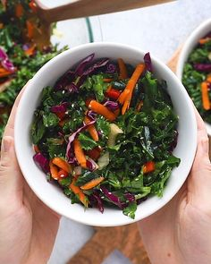 Looking to pair one of your favorite Asian dishes with a simple Asian salad? Weve got you covered with this colorful Asian salad recipe dressed with a yummy Asian salad dressing. The post Simple Asian Salad appeared first on ketorecipes. Healthy Salad Recipes, Easy Healthy Dinners, Healthy Snacks, Vegetarian Recipes, Healthy Eating, Cooking Recipes, Salad Recipes Using Kale, Recipes For Salads, Asian Kale Salad Recipe