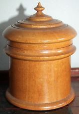 C treen Peaseware lidded maple container Shelburne Museum, Wooden Containers, Turned Wood, Primitive Antiques, Box With Lid, Wooden Bowls, Woodturning, Lathe, Wood Boxes